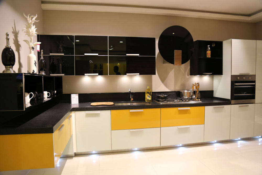 Italian Architect Alfredo Zengiaro Collaborates With For Kitchen Cabinets  In Pakistan
