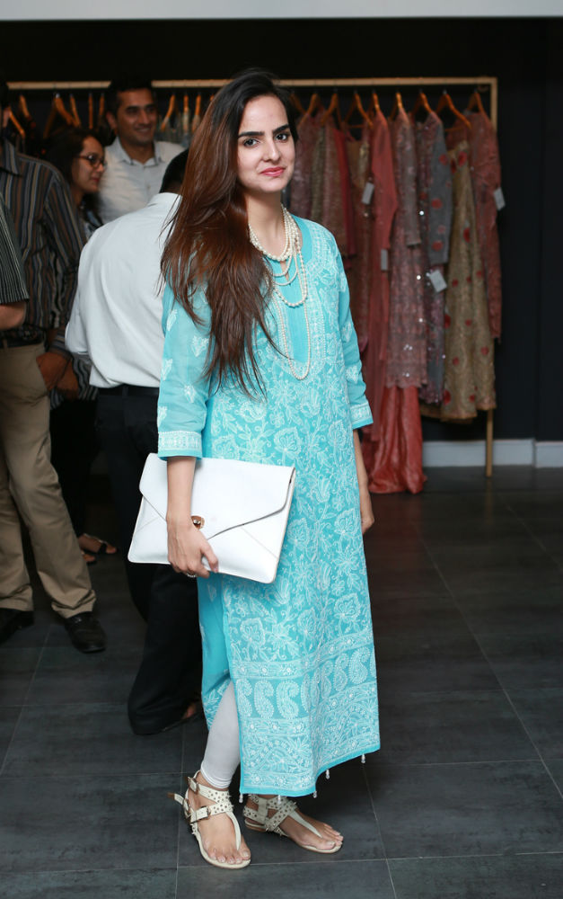 Aliza Tanveer Mirage Collection